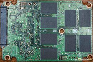 Intel 540s 480GB PCB Back 300x200 1 - اس اس دی اینتل intel SSD 540s 120GB